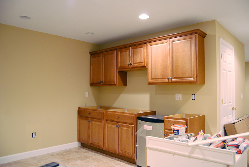 Finished basement remodel renovation in wayne and montville nj for Small basement kitchen ideas