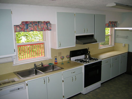 Cheap granite countertops nj kitchen granite countertops for Ideas to redo old kitchen cabinets