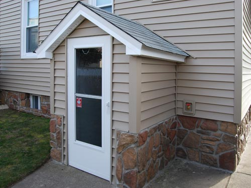 Vinyl siding installation saddle brook nj for Basement entry ideas